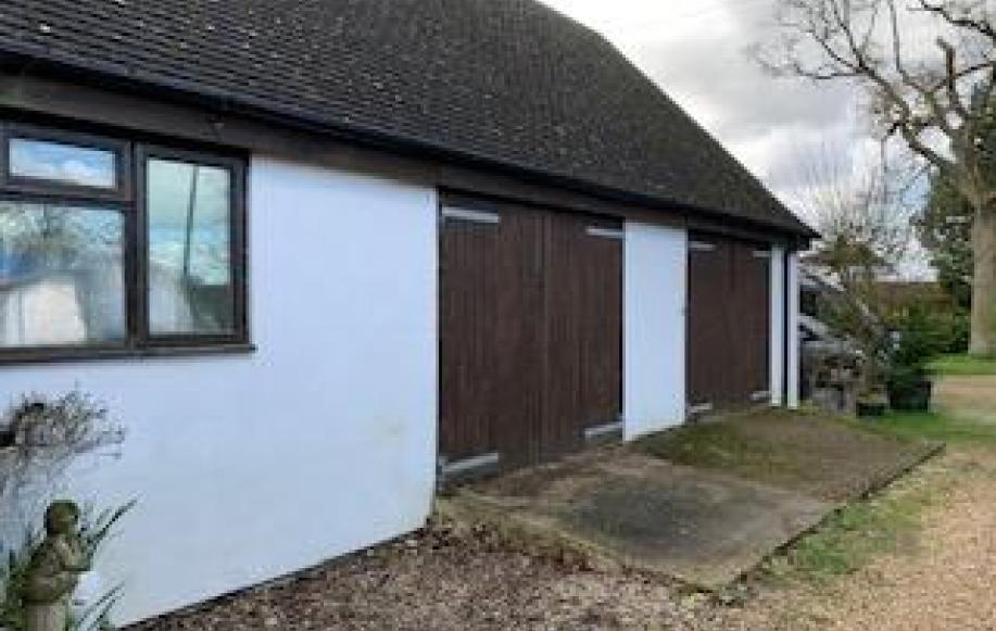 triple garage