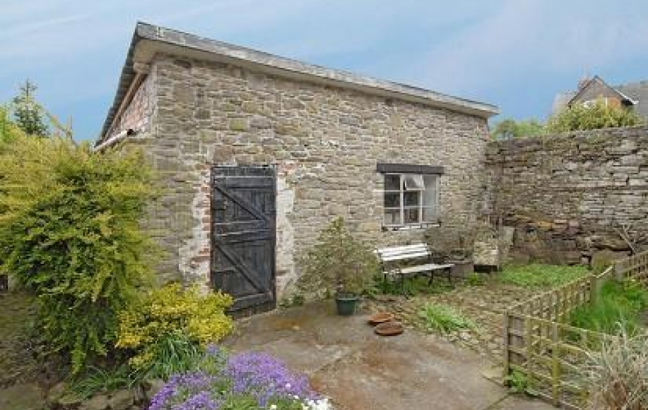 Stone Outbuilding/Multiple use