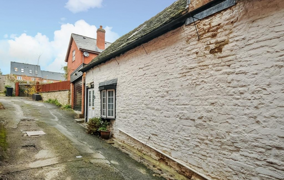 Property To Rent In Kington Herefordshire