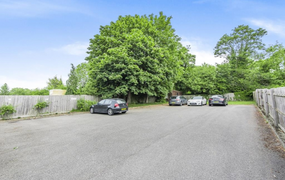 Car Parking acilities