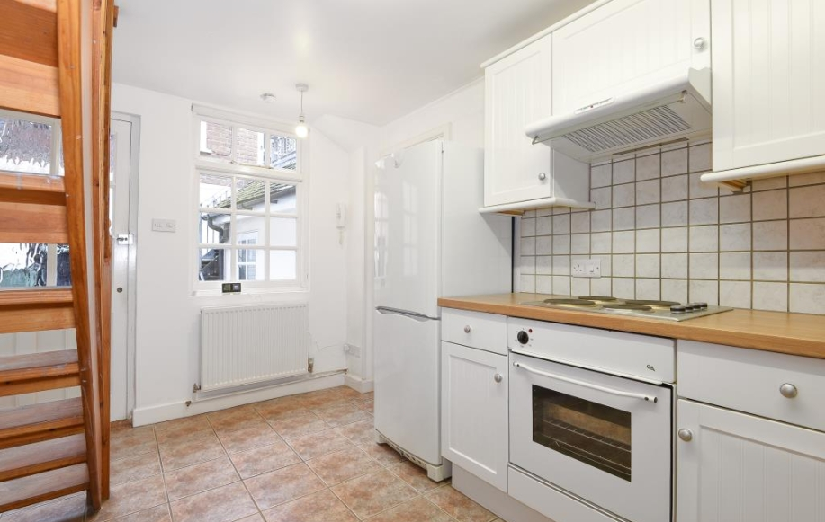Kitchen aspect two