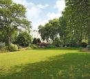 Communal Garden: Pembridge Square Garden