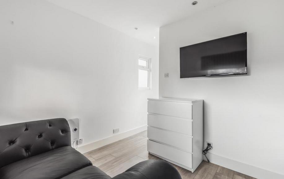 Annex Living Area