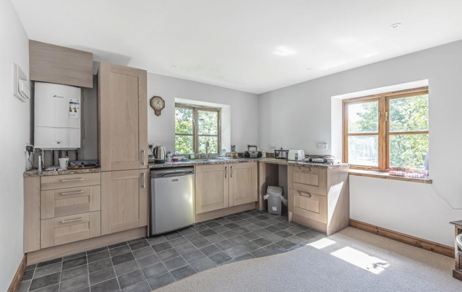 Kitchen in the Barn flat