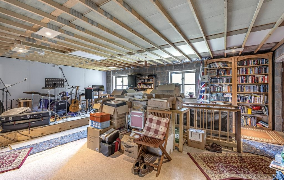 Barn first floor Studio