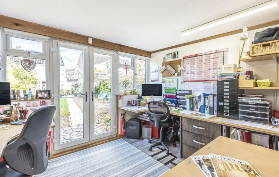 Office/Summer House