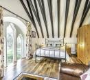 Annexe lounge & dinning room