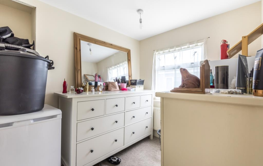 Study / Dressing Room