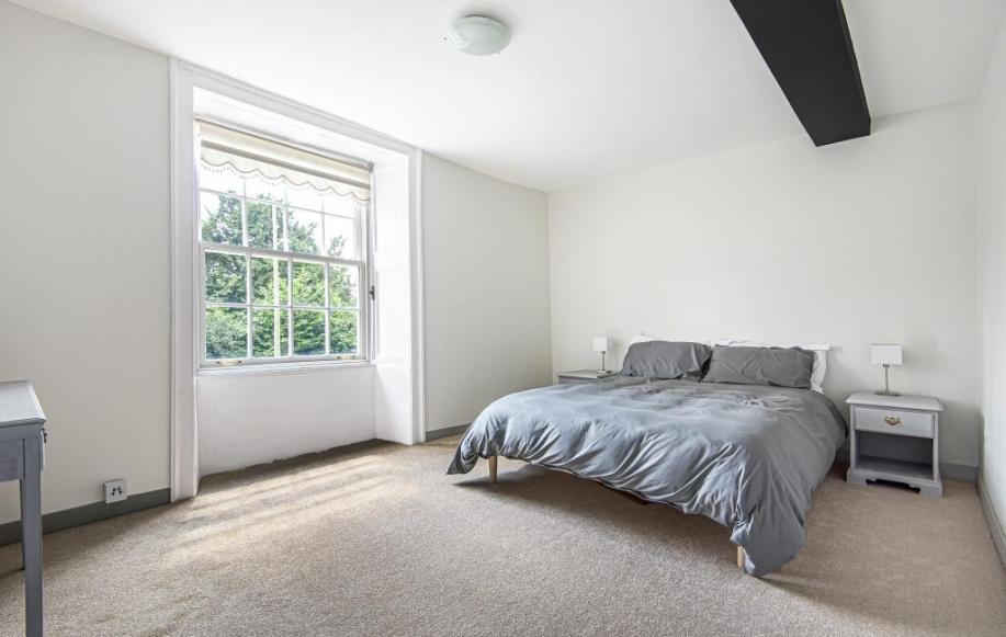 Front first floor bedroom