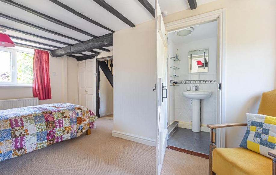 Master Ensuite bedroom