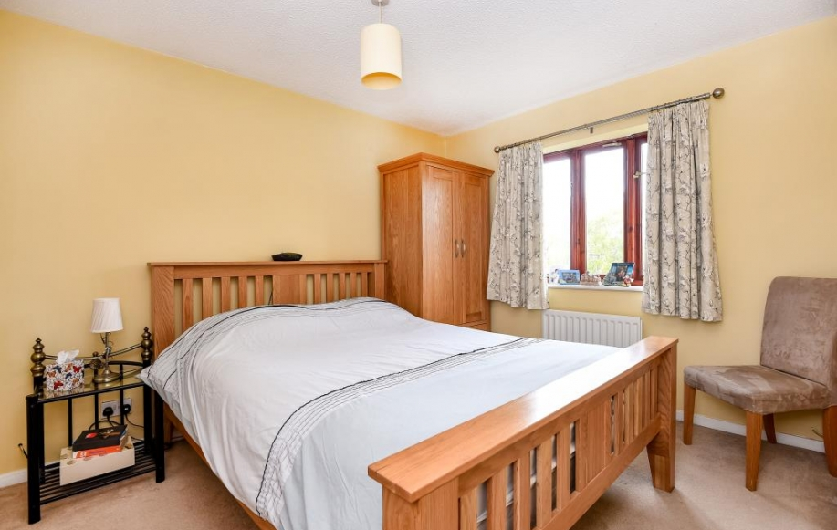 3 Bed House For Sale In Nightingale Avenue Oxford Ox4 2460641