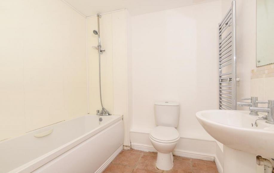 Bathroom 2
