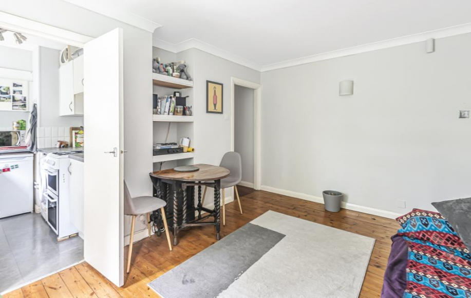 front room 3