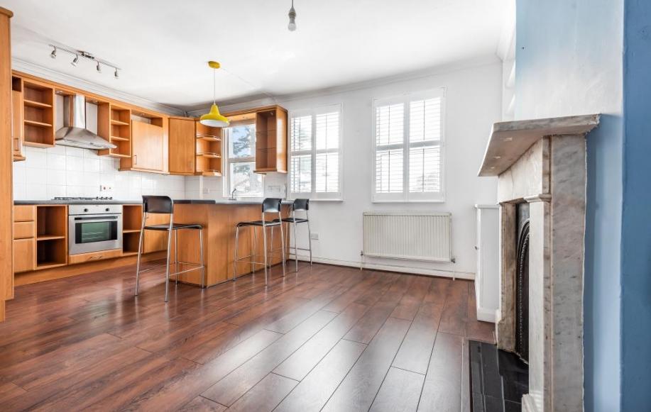 Reception / Kitchen area