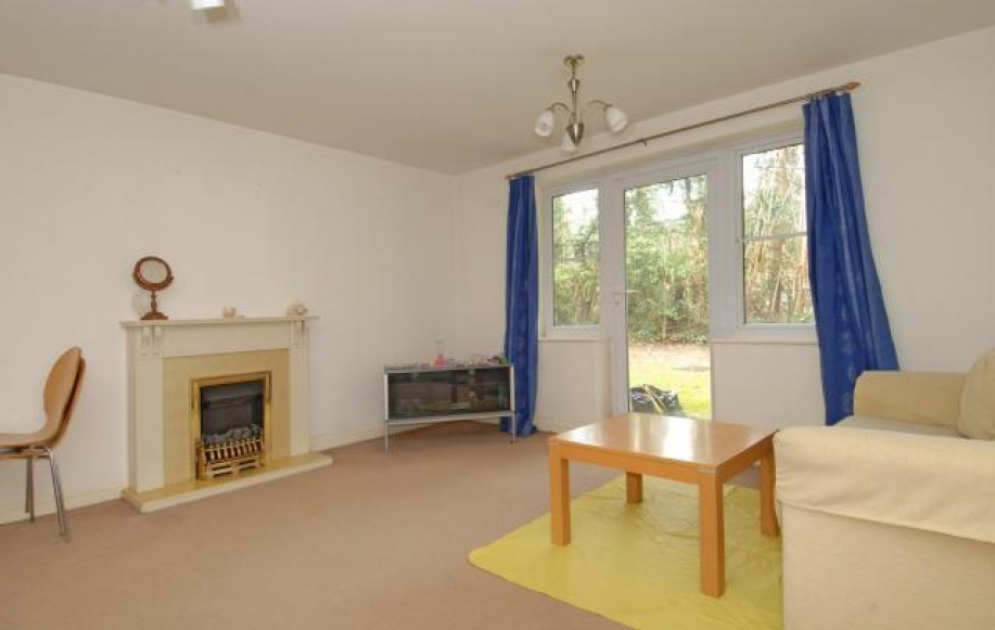 Living Room to Communal Garden
