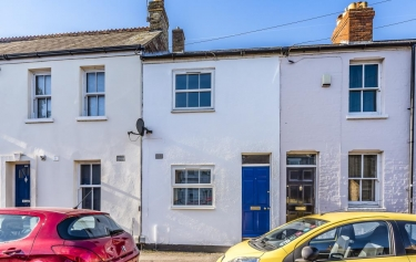 2 Bed House For Sale in Catherine Street, East Oxford,OX4 - 3002060