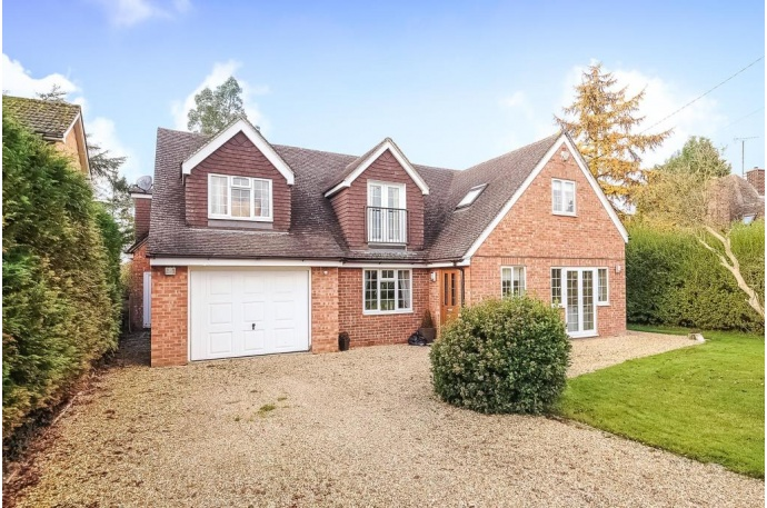5 bedroom house for sale  Abingdon. Chancellors Top 5 Properties to Buy December 2014   Chancellors