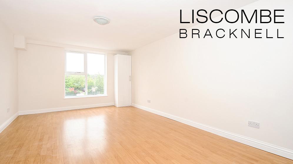Liscombe, Bracknell