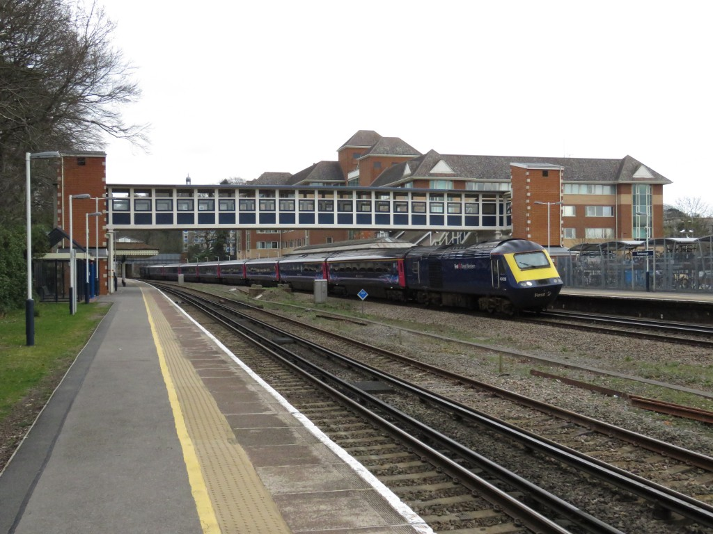 Farnborough Train Station