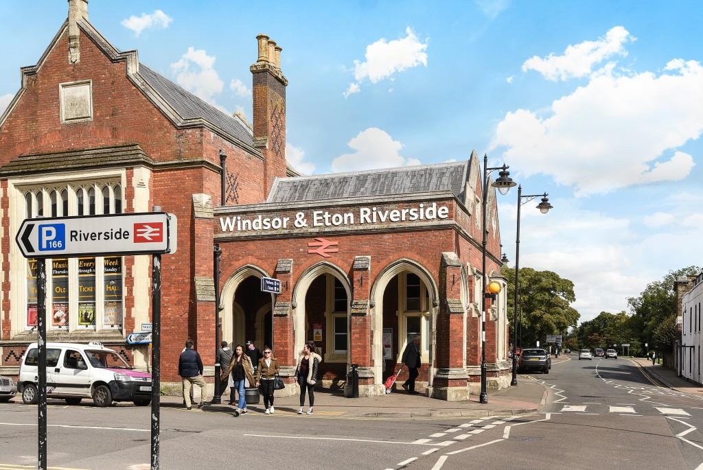 Entrance to the Windsor & Eton Riverside train station